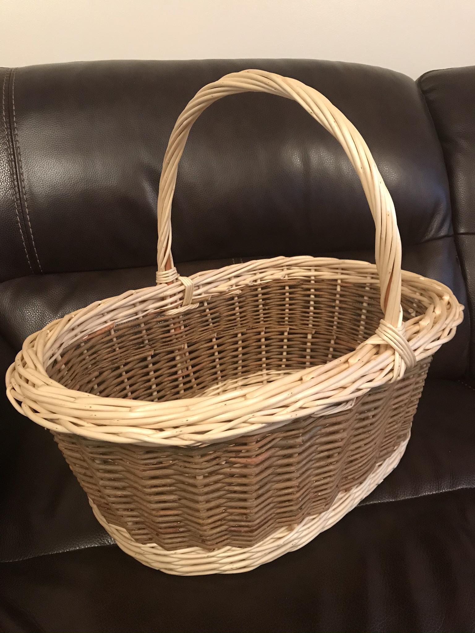 large Oval Picnic Basket